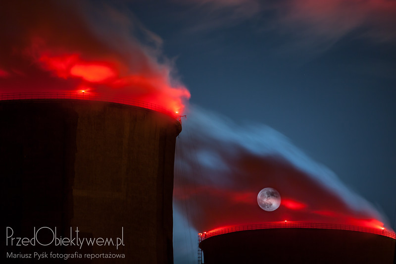 Industrialnie gorący księżyc